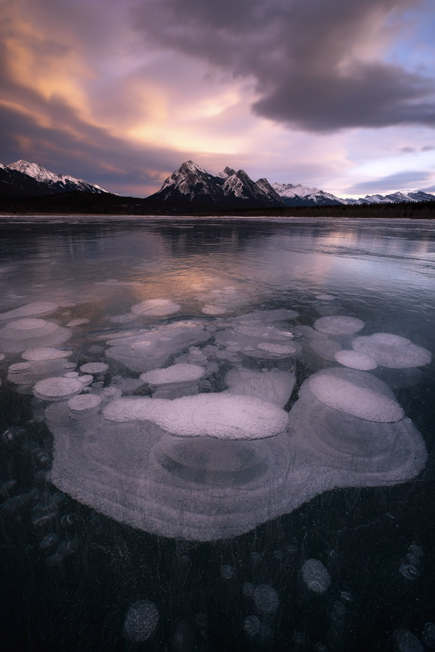 Abraham Lake Photo Guide