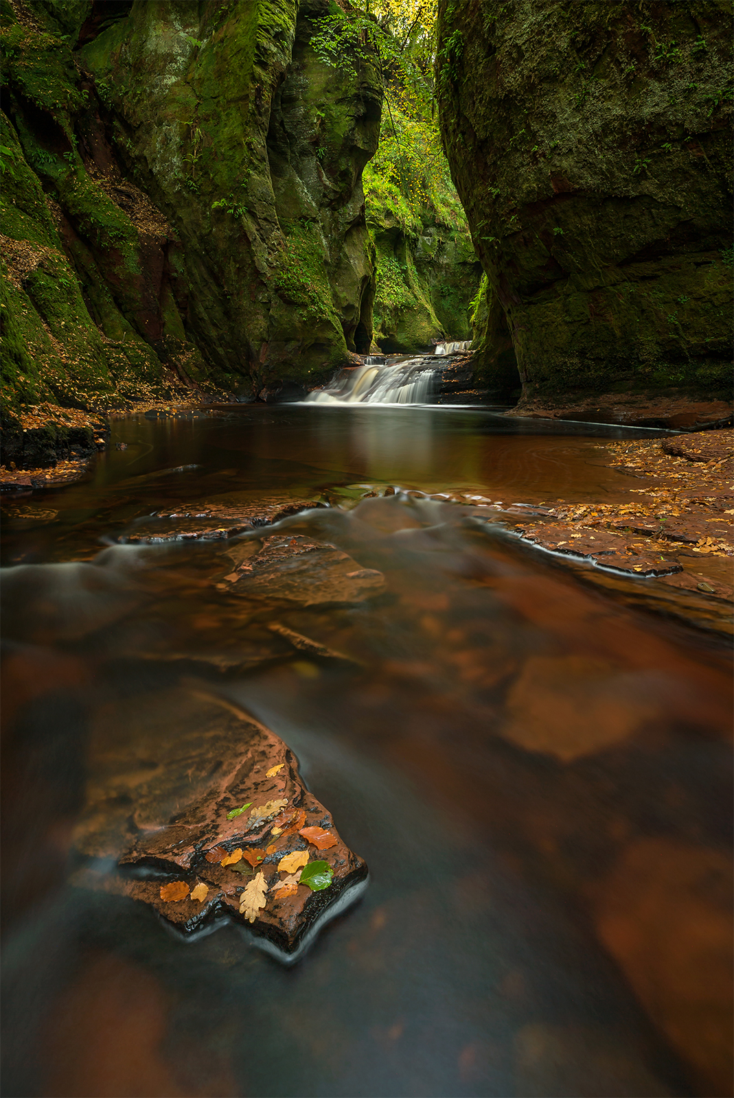 Exploring the beauty of the Devil's Pulpit on the Scotland Photography Workshop
